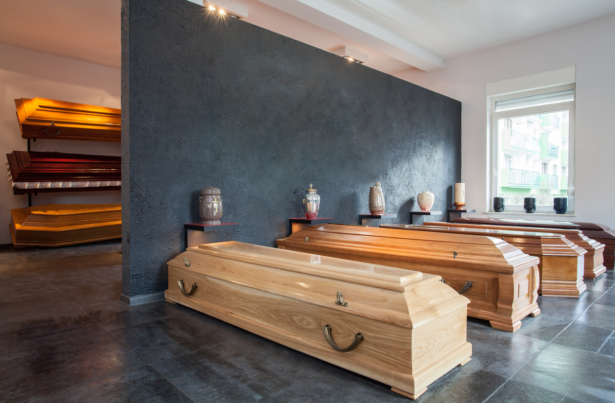 Why Funeral Homes Should Outsource HR